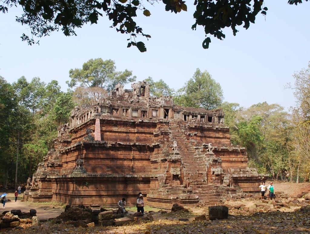 A Guide to Visiting Angkor Wat