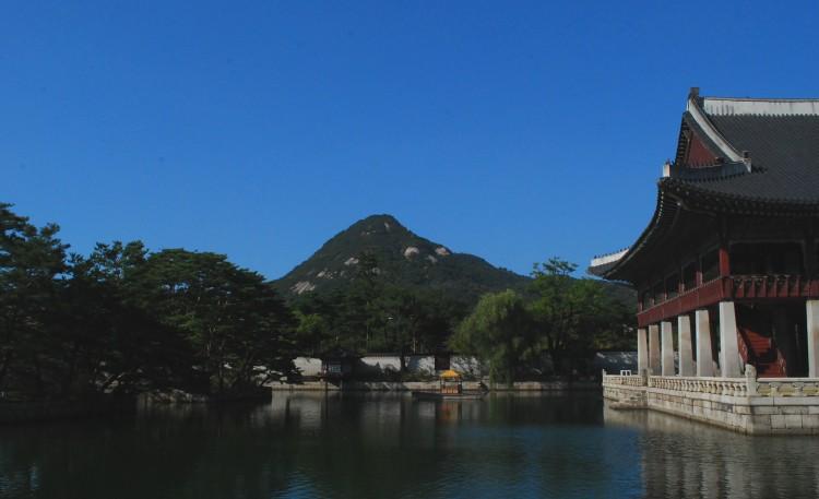 gyeonghoeru-pavilion